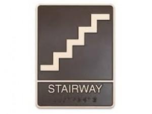 Braille-írásos helyiségnévtábla