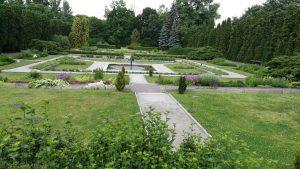Pozdani botanikus kert sétánya